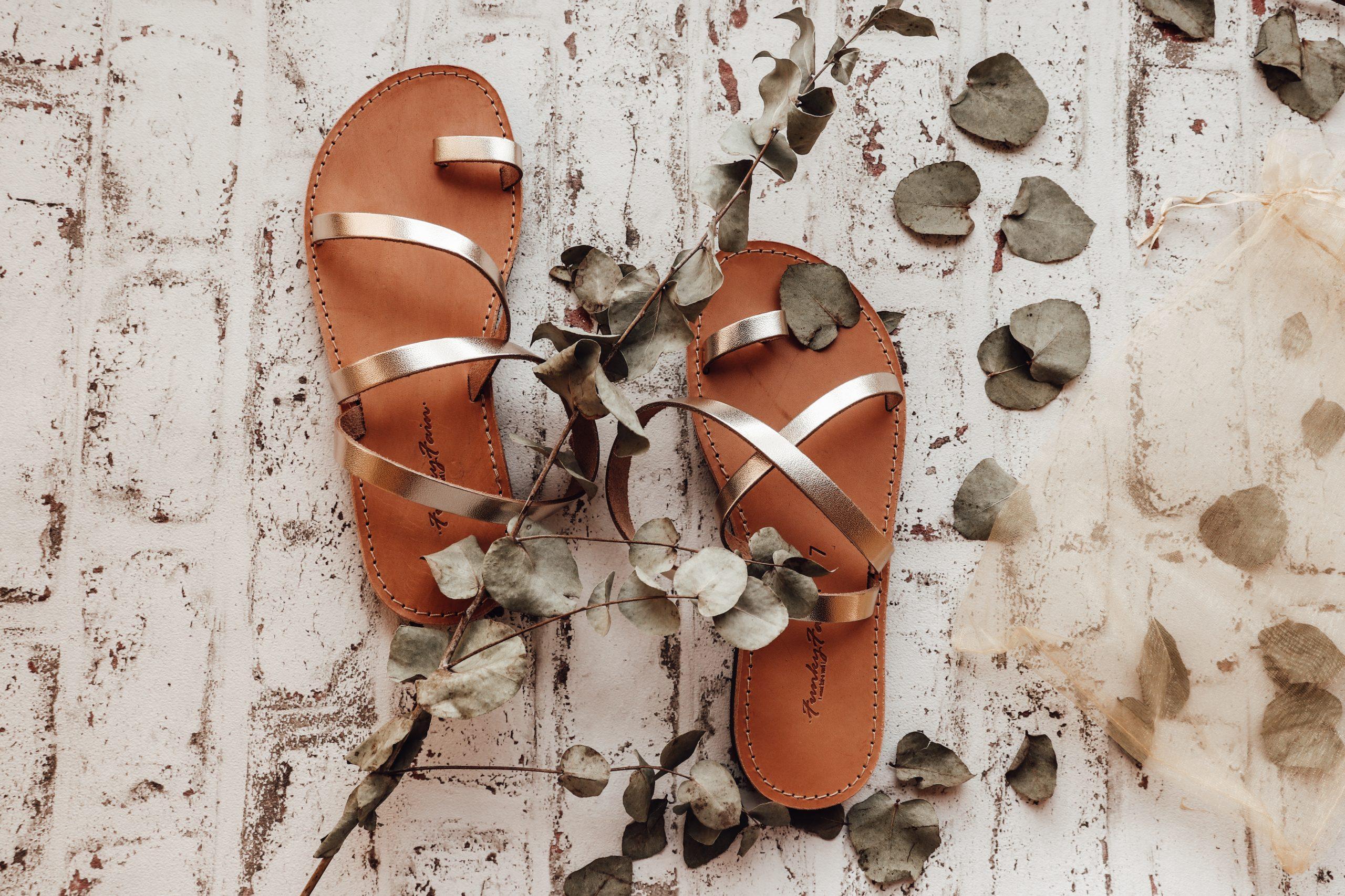 Sandale de damă din piele naturală FUNKY DAY, auriu